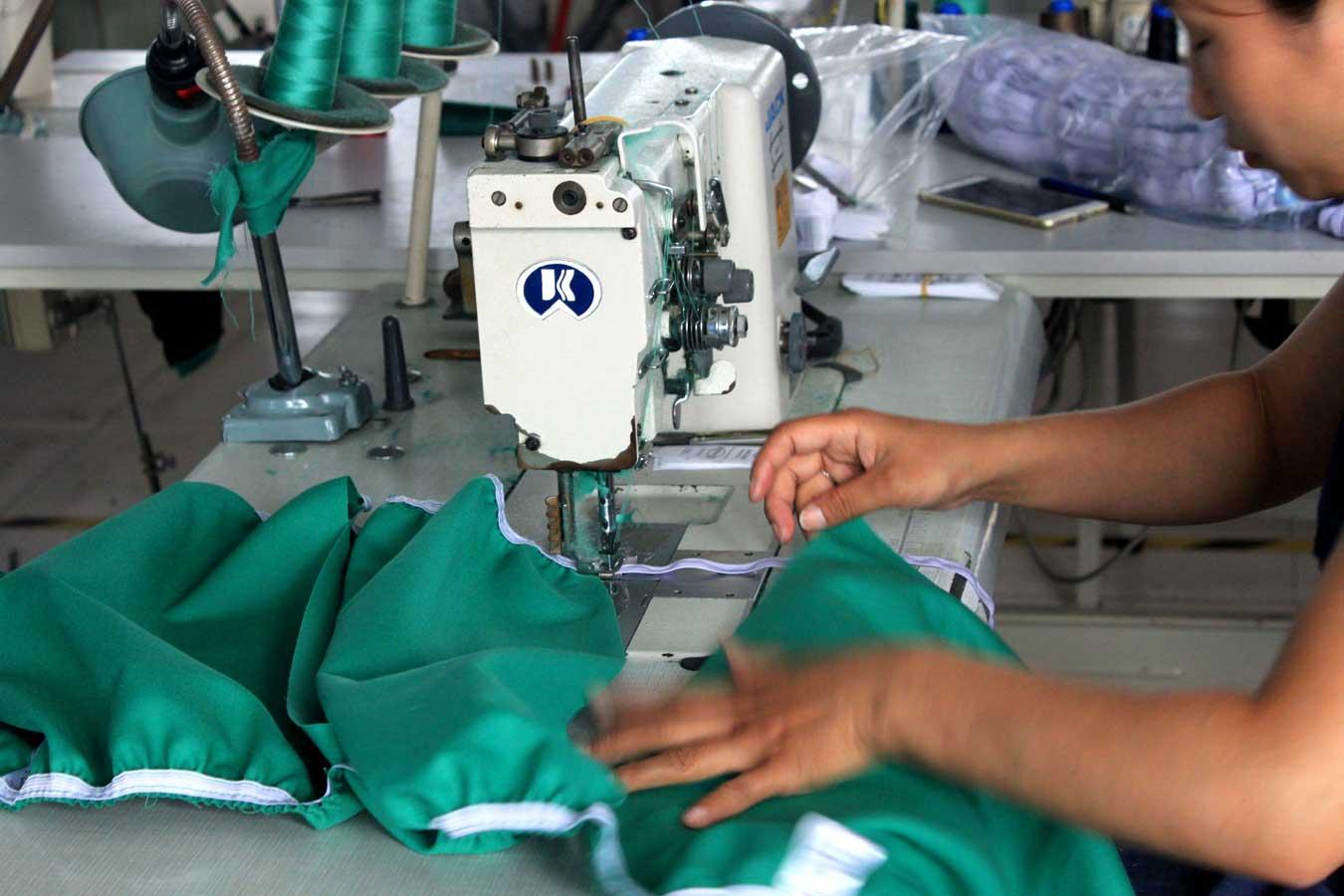 Швейная машина зигзагообразного стежка